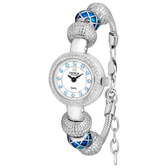 Химерний дизайн цих срібних годин притягує погляди. Корпус і браслет з  емаллю виконані в одному стилі і прикрашені фіанітів. 9b77f1d6edb6e